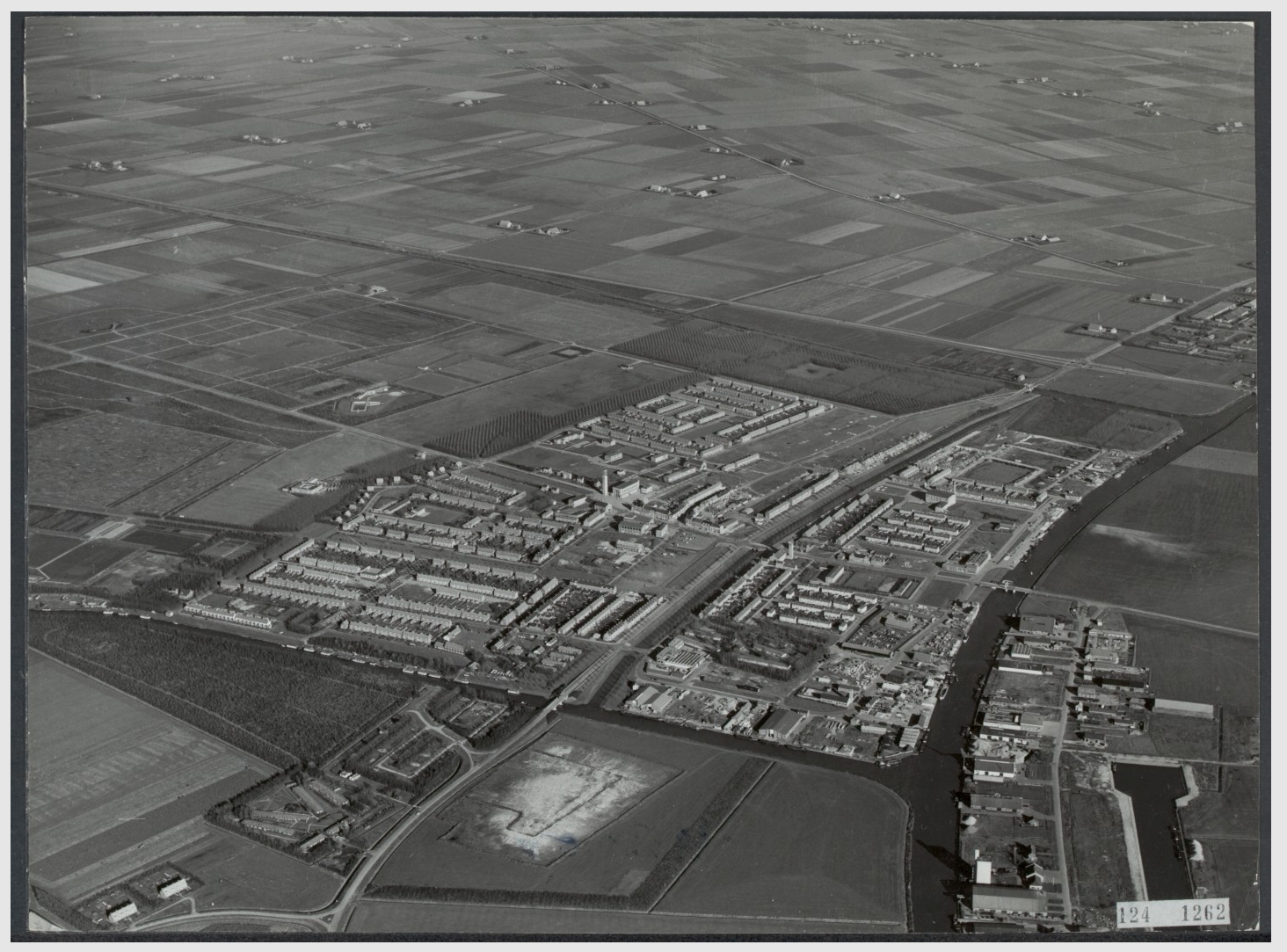 luchtfoto - Emmeloord-1956.png