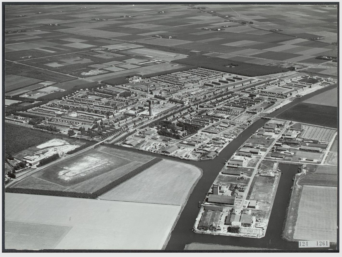 luchtfoto - Emmeloord-1959.png