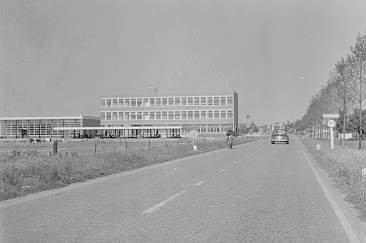 Scholen - De-openbare-Lagere-Technische-School-Nagelerweg.jpg